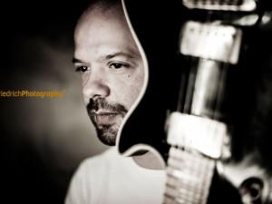 Musiker, Aschaffenburg, Fotograf, Fotostudio, Konzerte, Freddy Walter, Ziggomann, Musikerportraits, Künstler